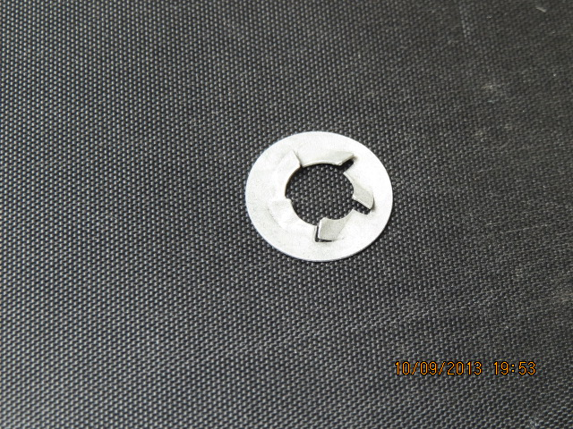 5/16 PUSHNUT RETAINERS O.D 5/8 10PC