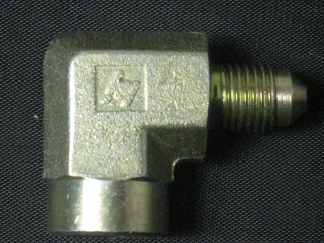 -4 90 DEG TO 1/8 NPT FEMALE BRASS